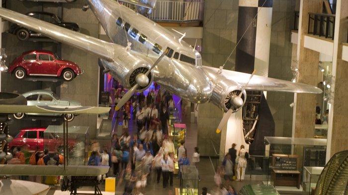 Museum Lates London London museums late openings top london venues londontown sisterspd