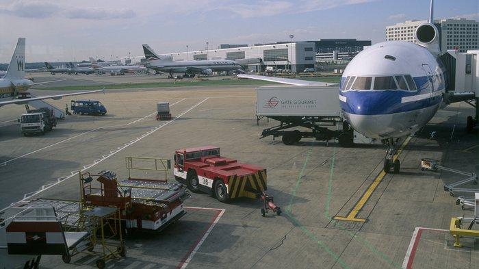 Gatwick Airport North Terminal Postcode >> London Gatwick Airport   London Airports   LondonTown.com