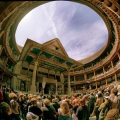 Hamlet at Shakespeare's Globe by John Tramper