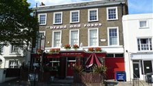 Clapham Comedy Club @ The Bread & Roses - The Bread And Roses pub