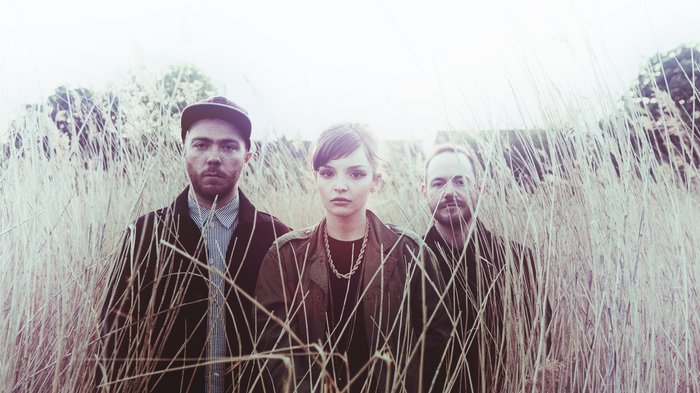 Chvrches - (c) Eliot Hazel