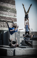 Block by Motionhouse and NofitState Circus - Photo: Dan Tucker