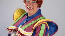 Dick Whittington - Matthew Kelly plays Sarah the Cook