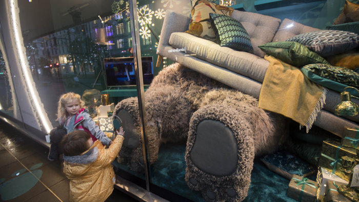 John Lewis Christmas Windows: The world's first farting and snoring windows