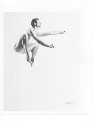 Merce Cunningham: Night of 100 Solos - Merce Cunningham in Sixteen Dances for Soloist and Company of Three (1952). Image: Gerda Peterich