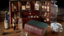 This Vexed Question: 500 Years Of Women In Medicine - Medicine chest, 19th century with Mrs Beeton's Book of Household Management by Royal College of Physicians