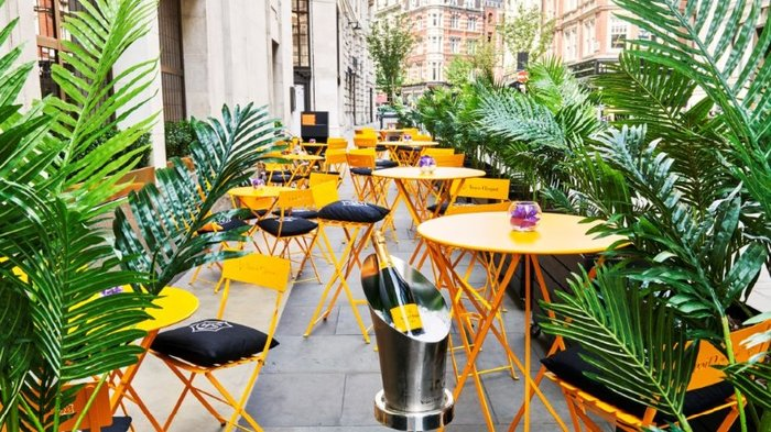 Green Bar Summer Terrace with Veuve Clicquot