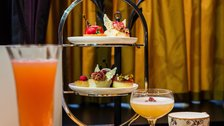 L'oscar Saint and Sinner Afternoon Tea