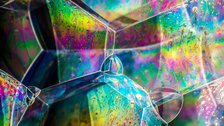 Science Photographer of the Year - Soap bubble structures © Kym Cox