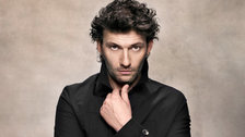 Jonas Kaufmann sings the role of Florestan, The Royal Opera: Fidelio by Gregor Hohenberg/Sony Music